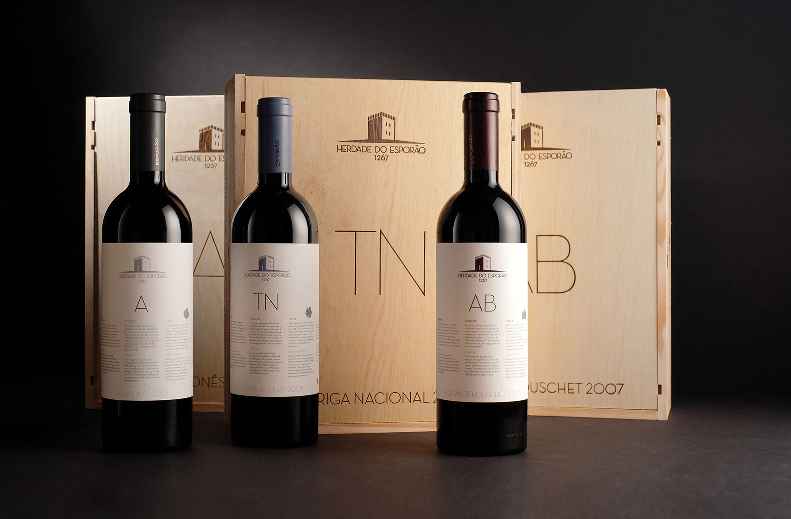 wine, wood, label, packaging, espor�o, portugal, alentejo, red wine, print, box